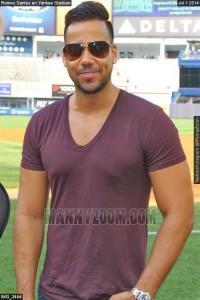 Romeo-Santos-en-Yankee-Stadium-019-500x750